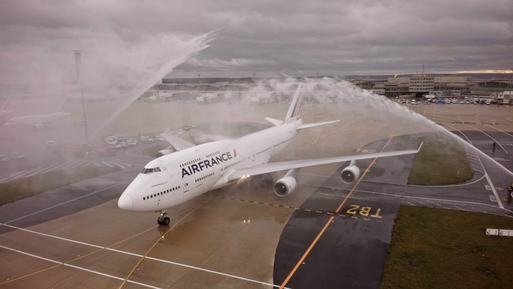 Air France Bids Farewell To 747 After 45 Years Of Service