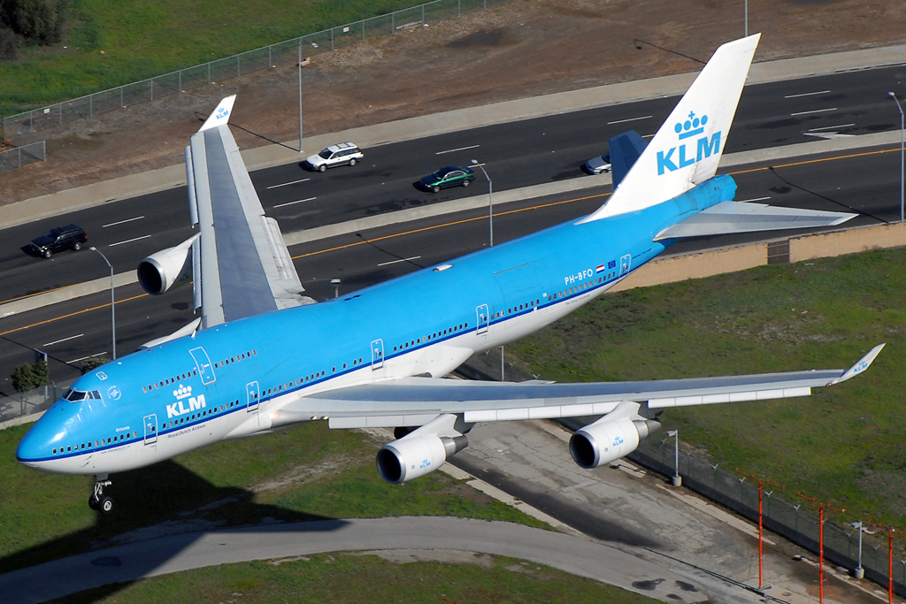 As Coronavirus Battle Heats Up, KLM Re-enlists Two Stored 747-400 Combi For Cargo Missions